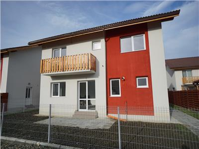 Vanzare apartament 3 camere in casa tip duplex, curte 100mp